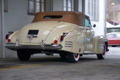 @1941 Cadillac Series 62 Convertible - 14