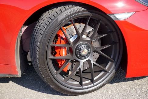 @Porsche 911 Carrera 4 GTS - 10