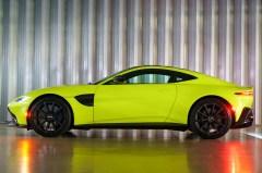@Aston Martin Vantage - 36