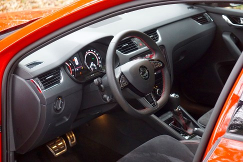 @Test Skoda Octavia RS 245 - 16