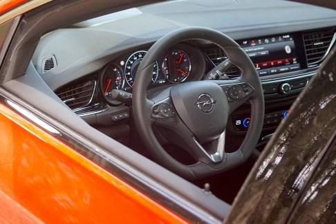@Opel Insignia GSi - 13