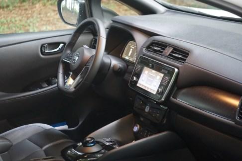 @Test Nissan Leaf - 30