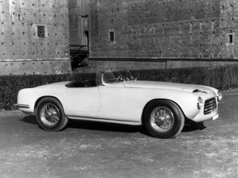 1952-Touring-Pegaso-Z-102-Spider-01
