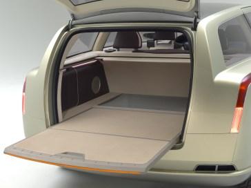 7742_Volvo_VCC_Versatility_Concept_Car