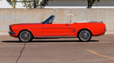 @1966 FORD MUSTANG CONVERTIBLE - 2