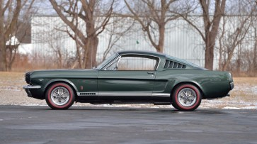 @1966 FORD MUSTANG GT FASTBACK - 8
