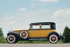 @1930 Cadillac Sixteen Madame X Club Sedan Fleetwood-72705 - 3