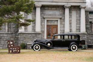 @1933 Cadillac V-16 Seven-Passenger Sedan - 5