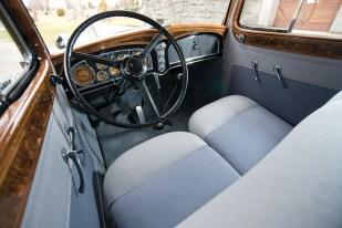 @1933 Cadillac V-16 Seven-Passenger Sedan - 8
