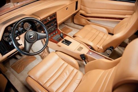 @Aston Martin V8 Volante Zagato - 3