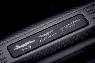 @Aston Martin V12 Speedster - 7