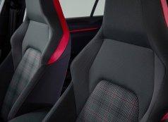 Volkswagen-Golf_GTI-2021-1600-10