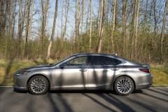 2020 Lexus ES300h-0002