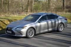 2020 Lexus ES300h-0003