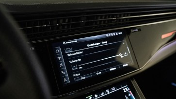 2020 Audi Q7 60 TFSIe-0038