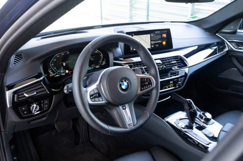 2020 BMW 520d Touring 48V-0026