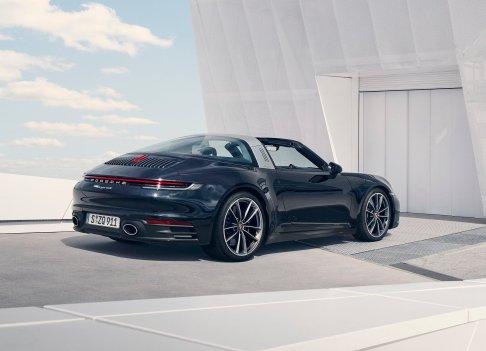 Porsche-911_Targa_4-2021-1600-05