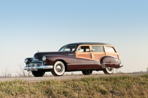 1947-Buick-Roadmaster-Estate-Wagon-_0