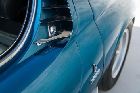 Lamborghini-Miura-S-Blu-Spettrale-Metallizzato-19-of-109