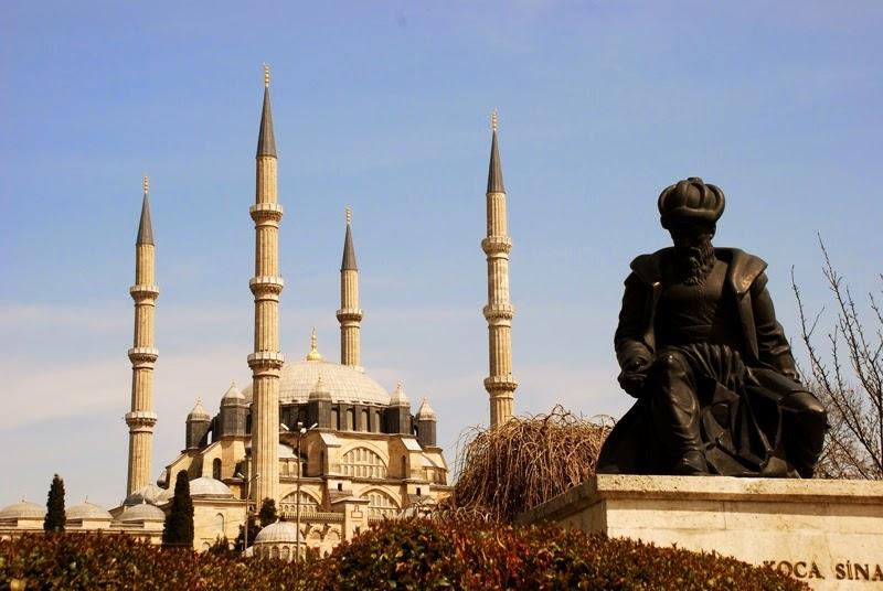 Immagine della principale moschea di Edirne, il moderno nome della città di Adrianopoli, oggi situata nello Stato turco.