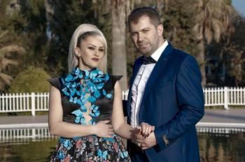 Premierë: Kumrie Mustafa dhe Besim Krasniqi – Arsye e jetës ti je!
