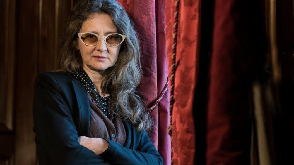 La nueva apuesta de Martel incorpora, entre otras presencial musicales, a Lorena Carapachay, la primera coplera trans de los valles calchaquíes.