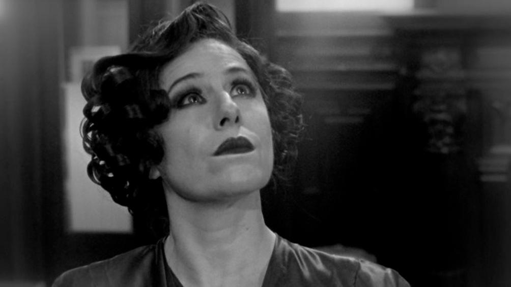 """""""Fanny camina"""" es un relato sobre Fanny Navarro, actriz icónica de la década del cincuenta, peronista y pareja de Juan Duarte, el hermano de Eva Perón."""