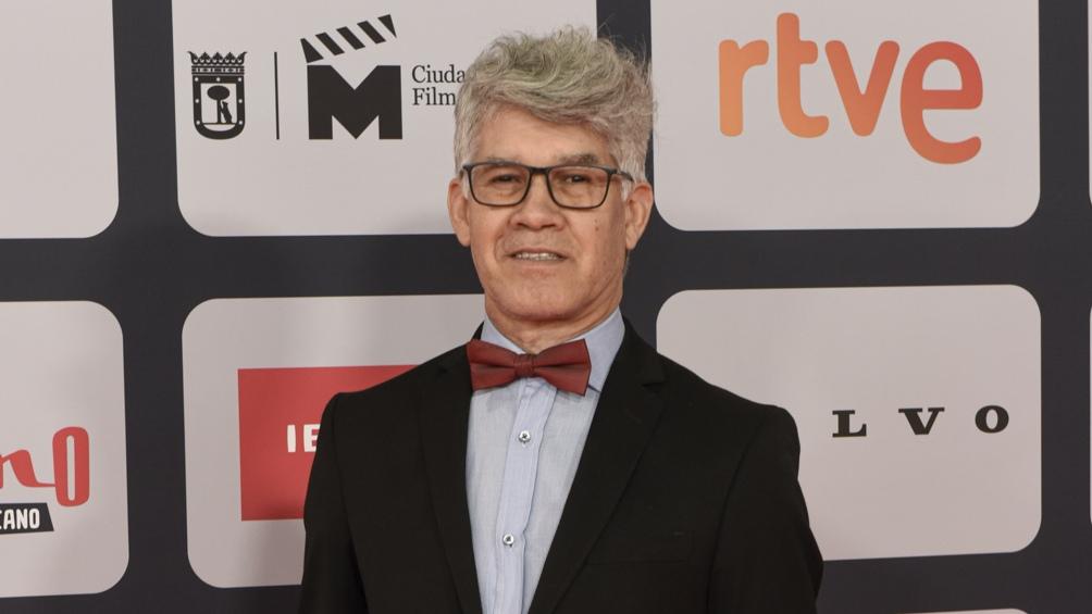 Jorge Roman en la alfombra roja de los Premios Platino