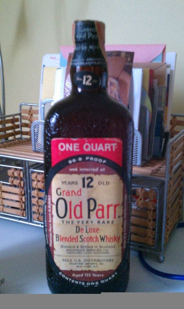 Grand Old Parr DeLuxe Blended Scotch Wiskey (2/6)