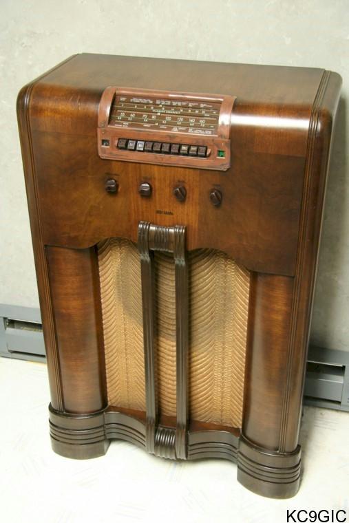 Identification Serial Radios Vintage