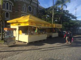 Sem festa de São João, guloseimas típicas viram at...