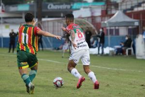Em jogo equilibrado, Brusque e Sampaio Corrêa empa...