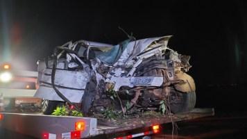 Homem morre após grave acidente entre dois veículo...