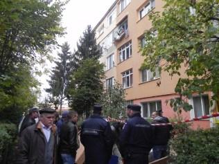 explozie-intr-un-apartament-din-bistrita-2
