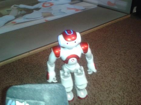 roboțel pentru copiii cu autism
