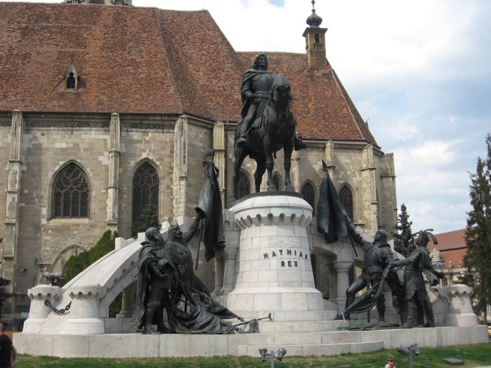Statuia lui Matei Corvin
