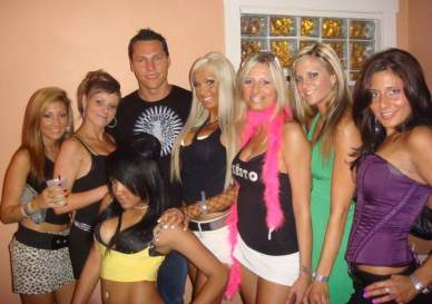 tiesto-with-girls