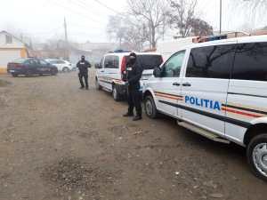 Hoți din locuințe prinși de polițiști