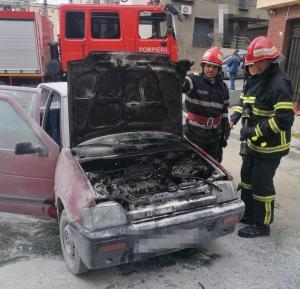 Mașină în flăcări în municioiul Tulcea