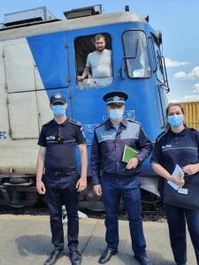 """Campania """"Selfie-ul pe tren nu ia like-uri, ia vieţi"""" în 2 gări din județul Tulcea"""
