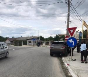 Copil lovit de mașină!! A încercat sa traverseze în fugă