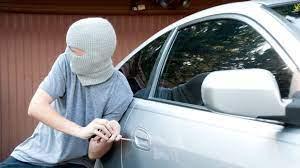 Mașină furată de minori, în Murighiol!