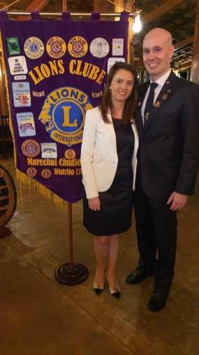 Presidente do Lions Clube Marechal Cândido Rondon, Victor Boff e sua esposa Domadora Daniele