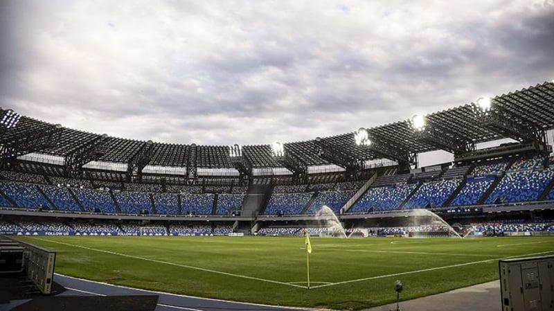 """El estadio de Nápoles se llama formalmente """"Diego Armando Maradona"""""""