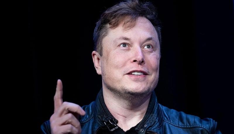 El Enacom habilitó Starlink, el proyecto de Internet satelital de Elon Musk