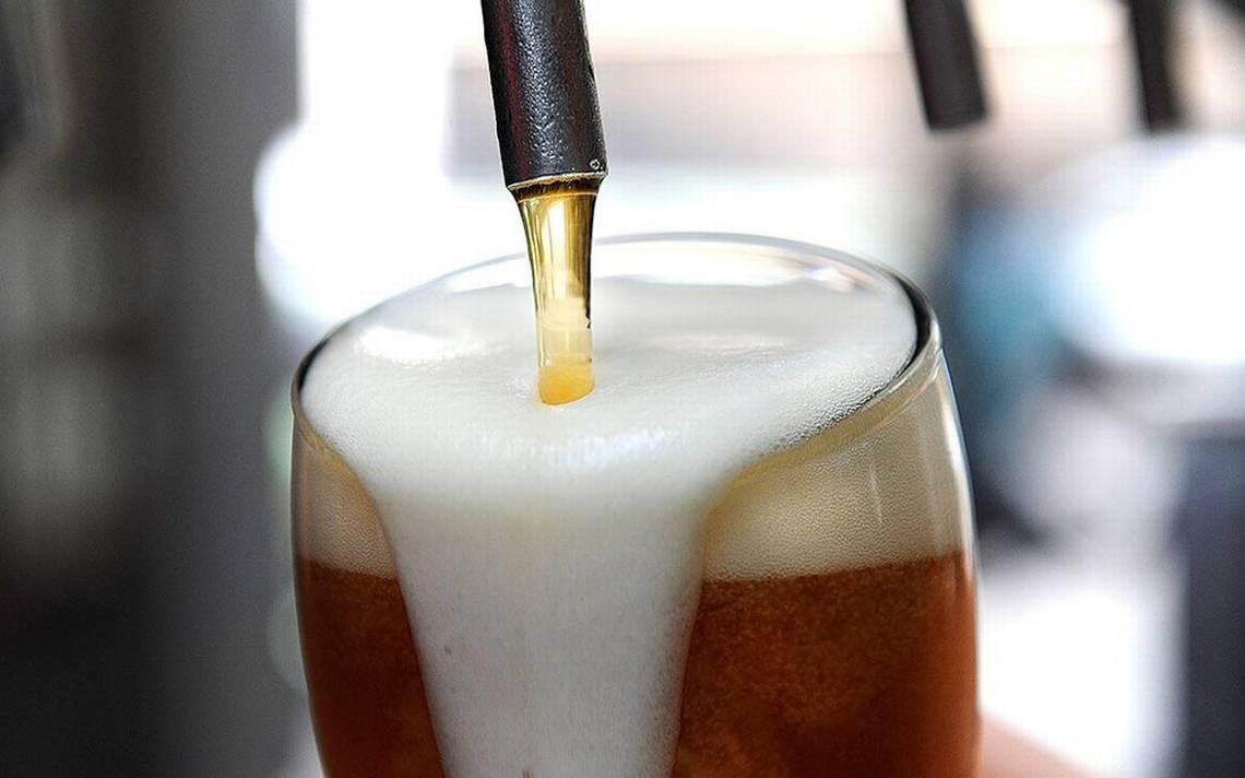 Según un estudio, beber cerveza después del trabajo ayuda a reducir el estrés y envejecimiento
