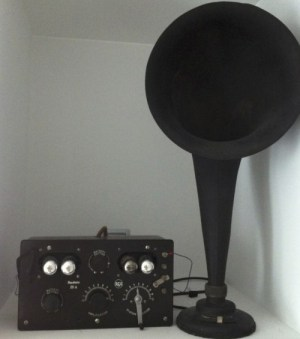 Reparacion Radios Antiguas Radiola IIIA y Altavoz Radiola UZ-1325