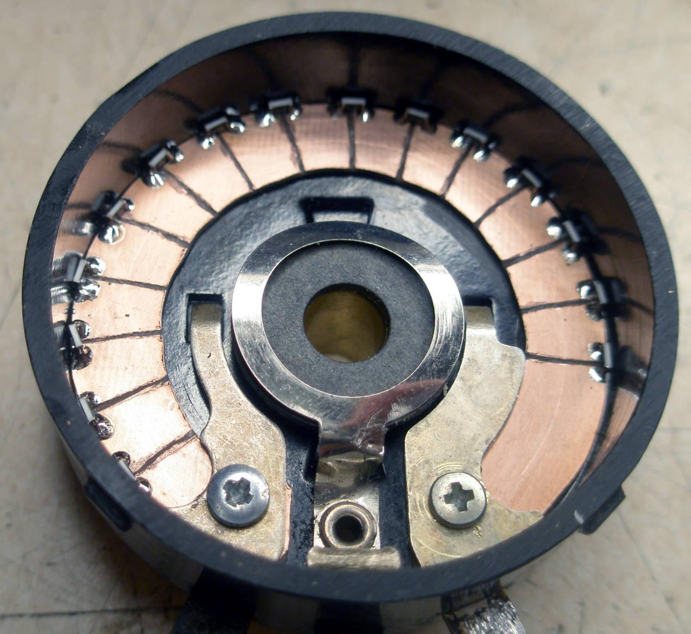 Reparación Potenciómetro radio antigua - Autoradio Philco mod 7 - 22