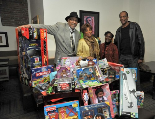 """width=500 height=383 data-recalc-dims=1></noscript></a>RADIO LEGEND VAUGHN HARPER HOSTS CELEBRITY TOY DRIVE    Charitable Event Benefitted Harlem Dowling Underserved Families</p><p>To help cheer on the holiday, legendary radio personality  Vaughn Harper and a host of friends traveled uptown for a special  celebrity toy drive benefitting Harlem Dowling West Side Center for  Children and Family Service.  The event, which  took place at Gospel Uptown, received a wealth of donated toys and gift  items for the numerous children and family members Harlem Dowling  Service.  """"We are truly thankful and deeply humbled by Mr. Harper's act of kindness,"""" stated Dorothy Worrell, Harlem Dowling's Executive Director.           Jazz pianist Alex Bugnon  along with singer Peter Wayne entertained the crowd, which included  radio pioneer Bob Law and playwright and <a href=https://radiofacts.com/musicpro/9bwk title="""