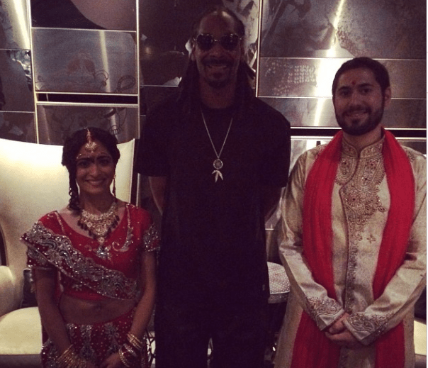 LOOK! Snoop Dogg Crashes a Wedding